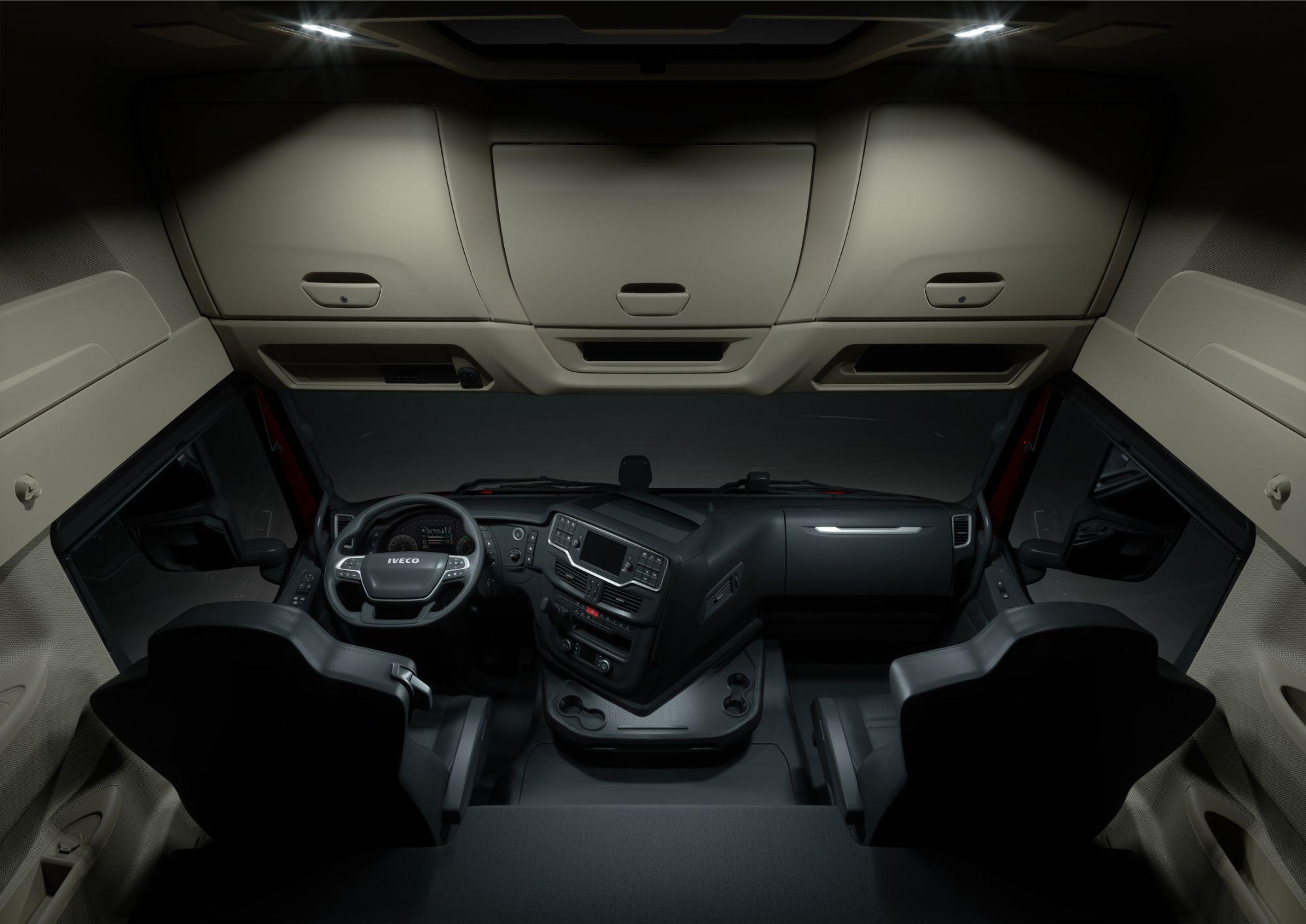 Iveco S-way interior